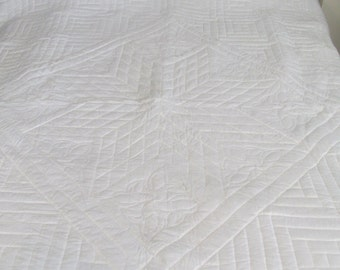 The Quilt of the Month!log cabin star