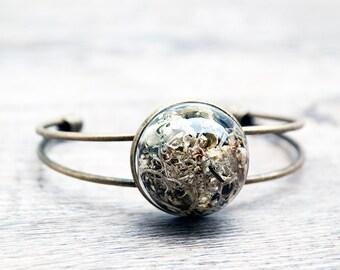 Terrarium bracelet, real moss jewelry, botanical jewelry, glass globe bracelet, woodland jewelry