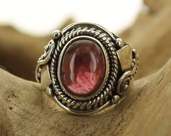 Silver ring with garnet. Size 6. Natural stone