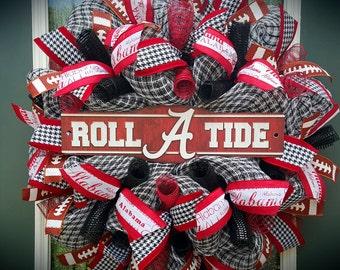 Alabama Wreath,Roll Tide Wreath,University of Alabama Wreath,Crimson Tide,Bama,Alabama Football Wreath,Deco Mesh Wreath,Tailgate Party Decor