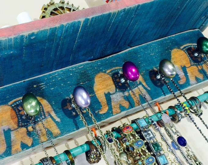Made to order -pallet wood wall shelf /accent shelves jewelry storage /recycled wood elephant wall organizer 5 knobs, 2 hooks & bracelet bar