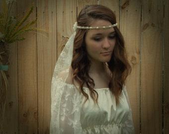 Ivory Flower Hemp Wedding Veil, Bridal Headpiece, Hippie Pearl Headband, Non-traditional Bride Hair Accessory, custom colors available