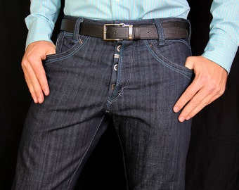 Blue organic cotten mens jeans in slim fit