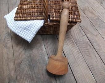 Wooden pestle / Masher / rustic / Folk Art / Vintage Made in France
