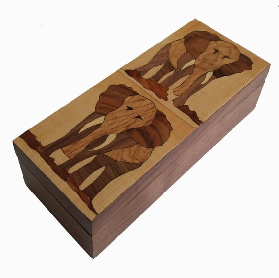 Handmade - Wooden Box - African animals - African theme - Elephant from South Africa - Inlay - Marquetry