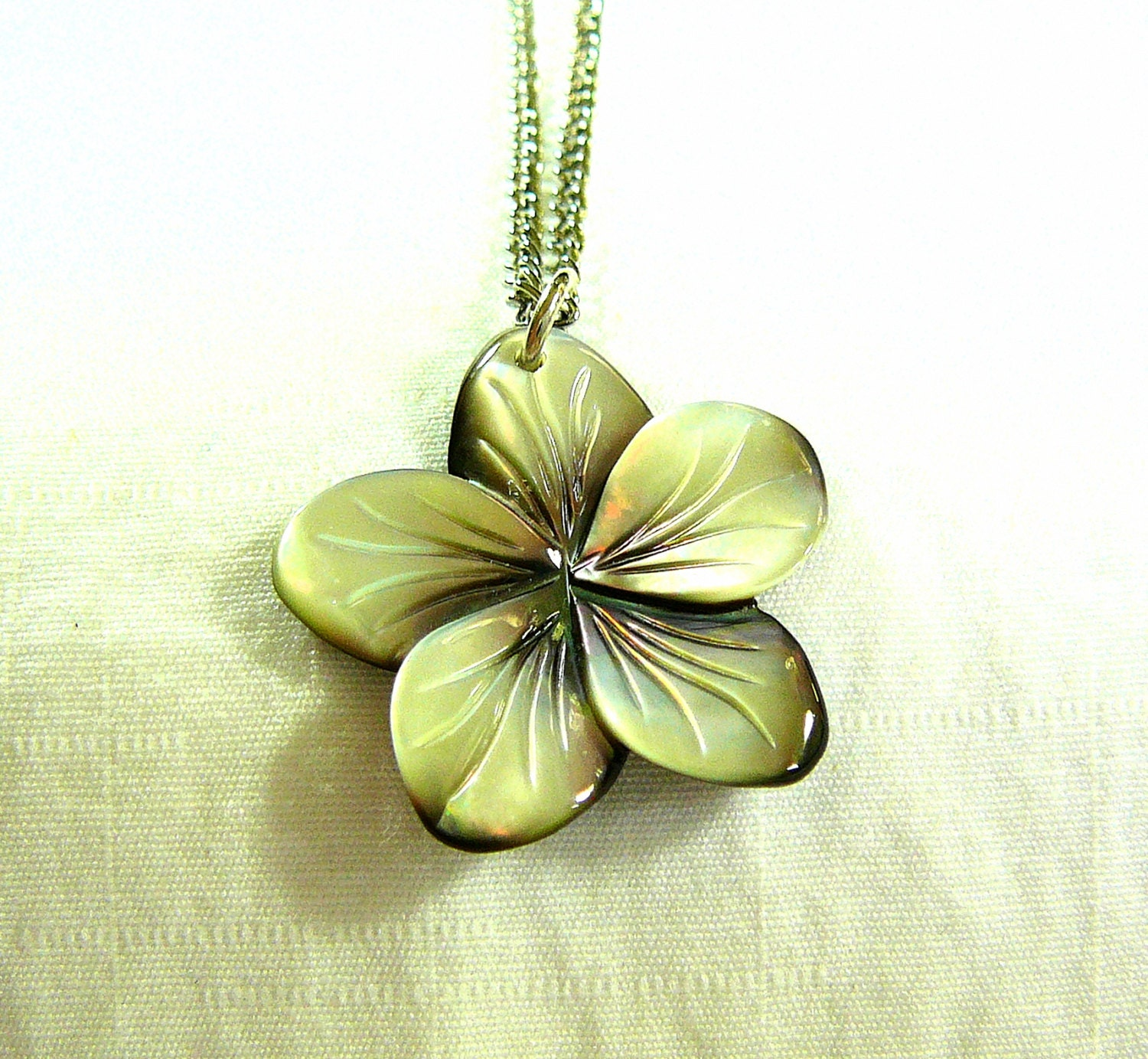 plumeria pendant hawaii flower carved by sylcameojewelsstore