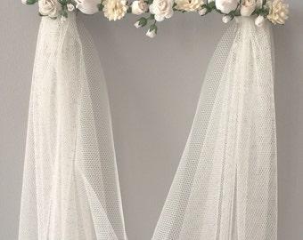 Boho floral wedding veil - Pelican Rose Bride 'Flower Bar' soft rustic wedding veil in either white or ivory - 'Montacute' veil (no leaves)