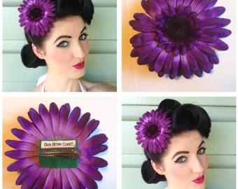 Pretty Purple Daisy Hairclip