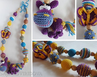 Little Pony nursing necklace with toy - Teething necklace - Breastfeeding Necklace - Crochet Necklace - Gift for Babywearing Moms