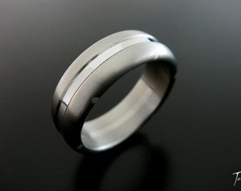 Grooved Tri-Band Ring