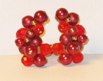 Vintage Crown Trifari Red Glass and Crystal Beaded Clip Earrings (E-1-3)