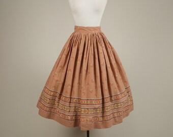 SALE • 1950s boarder print skirt • vintage 50s skirt • cotton full skirt