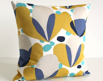 Throw Pillow Cover, 16 Inch Cushion Cover, Decorative Throw Cushion, Pillow Cover, 16x16 Pillow Sham, Pillow Case - Nordic Tulips Ceylon