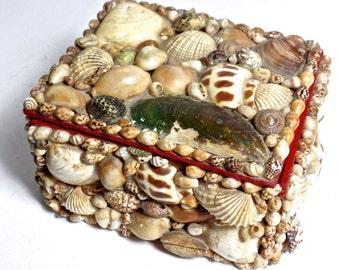 19thC Maritime Folk Art, 19thC Sailors Valentine Box, Antique Nantucket Sea Shell Box, Antique Shell Work