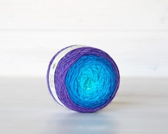 Hand Dyed Gradient Yarn -  100% Wool - Color: Blue Velvet Ombre - 1Ply Sport Yarn - Colorful Soft Yarns by Freia - Beautiful Yarns - Ombre