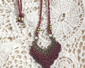 Macramme Boho Feather Necklace redbrown Made to Order