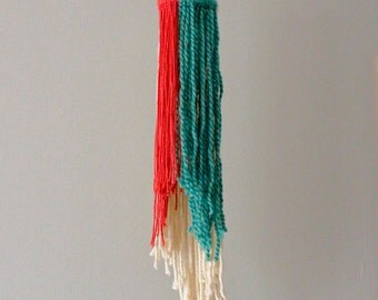 Modern Yarn Hanging, Hoop Art, Weaving, Yarn Mobile, Nursery Mobile, Home Decor