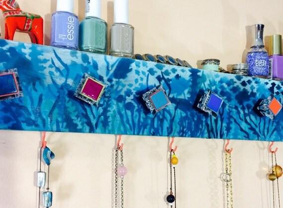 Bathroom towel hanger recycled pallet wood ocean /wall hanging organizer reclaimed rack /wall storage organizer sea 10 coral hooks 8 knobs