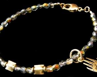 Hamsa Bracelet, Gold Hamsa Bracelet, Hamsa Charm Bracelet, Hamsa Bead Bracelet,Crystal Hamsa Bracelet
