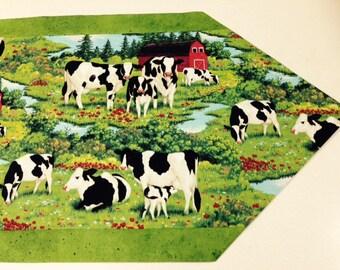 Cow table runner