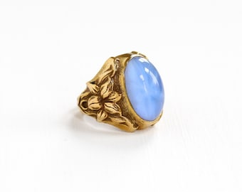 Vintage Brass Simulated Star Sapphire Ring - Art Deco 1930s Size 4 1/2 Light Blue Cabochon Repousse Flower Art Nouveau Uncas Costume Jewelry