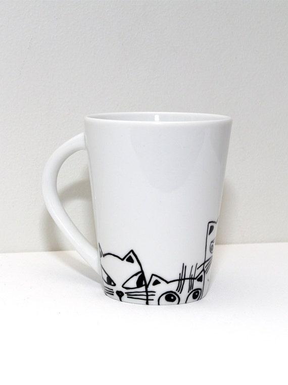 katze tasse katze tassen hand bemalte tasse von artbyasta auf etsy. Black Bedroom Furniture Sets. Home Design Ideas