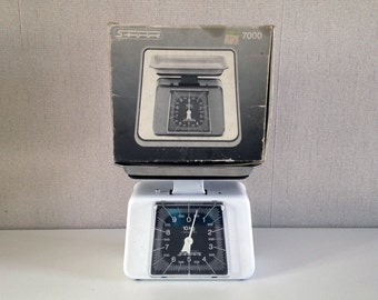 Vintage Kitchen Scale STUBE 7000 / white Kitchen Balance made in West Germany