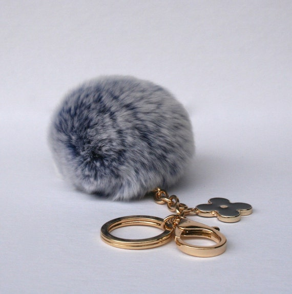 pom perfect frosted blue rex rabbit fur pom pom ball with. Black Bedroom Furniture Sets. Home Design Ideas