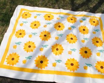 Vintage Sunflower Quilt