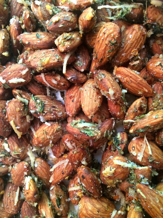 Spicy Savory Thyme Roasted Almonds by SpottedZebraGifts on Etsy
