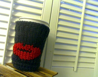 Knitted Smudge Hot Lips Cup Cozy