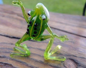 Glass Frog Hand-Blown Collectible Figurine, Art Glass, Blown Glass, Sculpture Made Of Glass, Glass Art