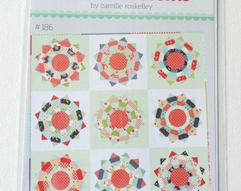 Piccadilly Circus Quilt pattern by Camille Roskelley of Thimbleblossoms
