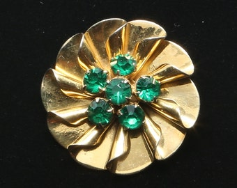 1950's-60's Vermeil over Sterling, 6 Prong Set Dark Green Crystals Brooch, Rolled Metal Sections Layered in a Circular Pattern