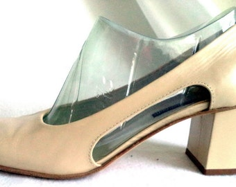 Visconti Italy Retro 60s Shoes Beige 39 Pumps Cutout Stacked Heel Cream scooter Mod square toe vintage designer bridal fashion womens gift