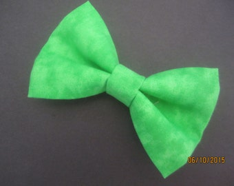 Green wedding bow tie, Men's green bow tie, Boy's green bow tie, Extra snap bow tie. green wedding bow tie, green bow tie for formal wear