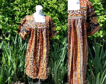 245-Plus size estimated 1 or 2 X-Vintage dress-Hand made--Fun print-Womens fashion-Short sleeve-