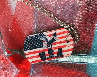 American flag necklace / flag jewelry / dog tag necklace / handmade jewelry / dog tag necklace
