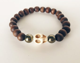 Simplistic Beaded Skull Bracelet / Stretch Bracelet