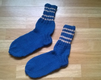 Knitted socks blue with beige or purple stripes