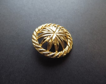 Circa 1980's Vintage Gold-finish Big Solid Metal Flower Coat Button-35 mm