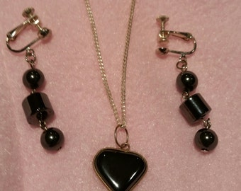Hematite necklace and earrings set