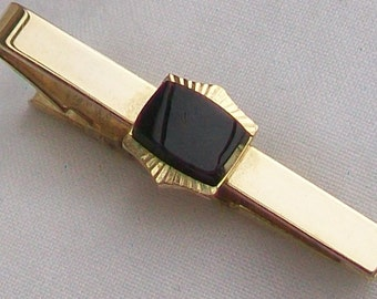 Vintage STRATTON Made in ENGLAND Black Cabochon & Gold Tone Tie-Pin / Tie- Clip