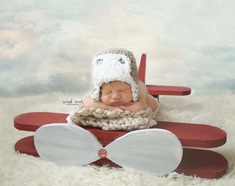 Crocheted baby boy hat, aviator hat, baby bomber hat, crocheted earflap hat, baby boy hat with earflap, dark green baby hat, photo prop