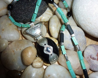 Howlith-Lava-Necklace with Tuareg Amulet made of Onyx and Silver