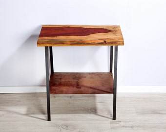 Coffee table, small table with a Pao Rosa full wood panels