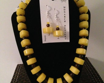 Necklace with large yellow beads