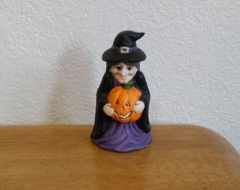 Ceramic Small Witch with pumpkin( #204B)