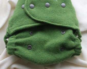 Spring Green Wülbrid Nappy Cover - One Size Wool Diaper Cover