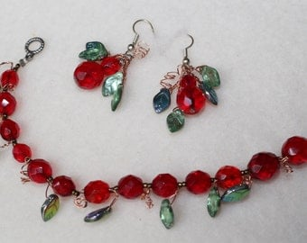 Berries and leaves jewelry set